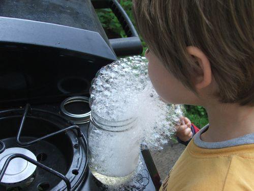 DSCF2563 - blowing bubbles